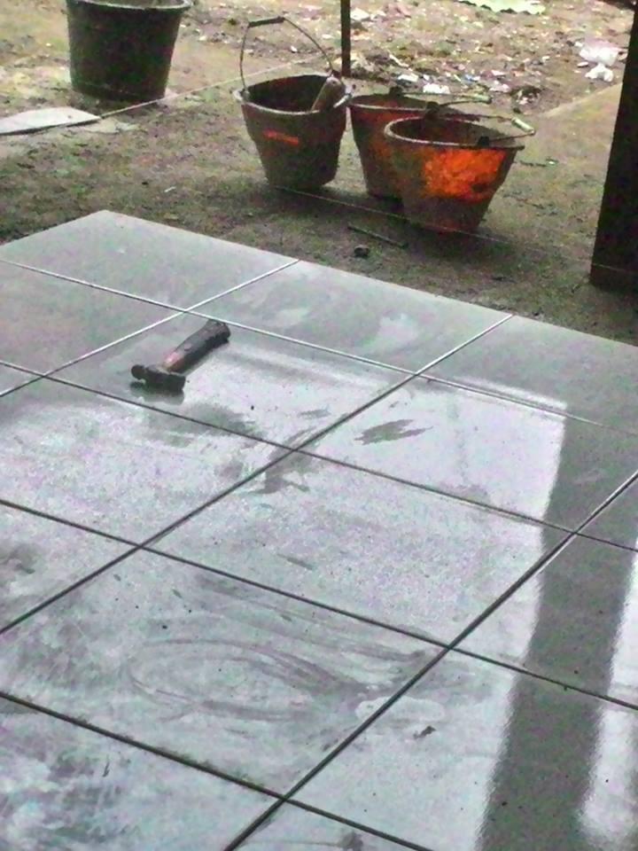 Tukang Pasang Keramik & Batu Alam di Maluku Tengah