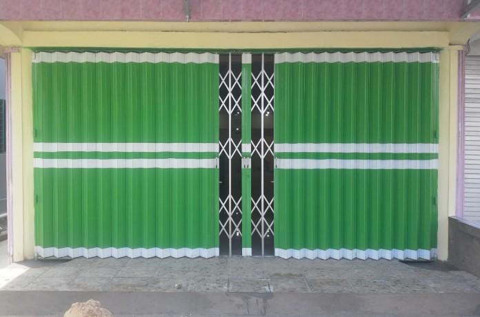 Sales beli pintu harmonika bekas Makassar